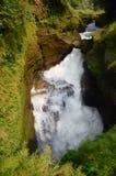 地狱的在博克拉的秋天或恶魔瀑布安纳布尔纳峰谷的 免版税库存照片