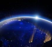 地球地球在晚上 美国航空航天局装备的这个图象的元素 库存照片