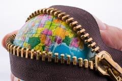 地球通过拉链 免版税库存照片