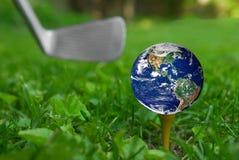 地球高尔夫球发球区域 免版税库存照片