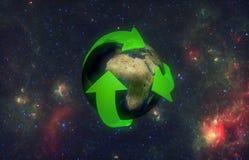 地球绿色箭头 库存照片