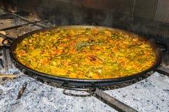 地道瓦伦西亚语肉菜饭在巴伦西亚,西班牙 库存照片