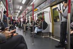 地铁在香港很多人民 库存图片