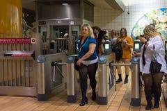 地铁的妇女没有裤子 库存照片