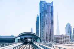 地铁线在迪拜 免版税图库摄影