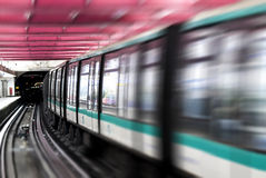 地铁训练巴黎 库存照片