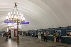 地铁车站内部  库存照片