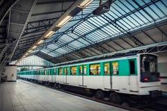 地铁巴黎岗位 库存图片