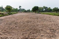地面为准备好犁对耕种 免版税库存图片
