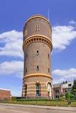 场面机智偶象古老水塔,提耳堡大学,荷兰 免版税图库摄影