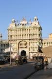 均均乌恩,拉贾斯坦,印度:2015年10月03rd日, :印地安神萨提上帝寺庙在拉贾斯坦萨提是过时印地安葬礼风俗 库存照片