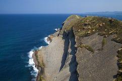 坎塔布里亚,从ligthouse法鲁de Cabo Major的看法 免版税库存照片