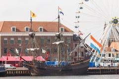 坎彭,荷兰- 2018年3月30日:VOC船De Halve Maen 库存照片