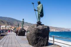 坎德拉里亚角,西班牙,欧洲29/04/2018 一只古老金丝雀的雕象我 库存图片