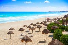 坎昆Playa Delfines海滩里维埃拉玛雅人 免版税库存图片