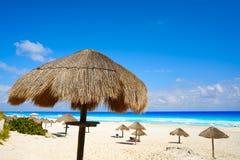 坎昆Playa Delfines海滩里维埃拉玛雅人 免版税库存照片