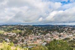 坎波斯做Jordao,巴西 从大象` s小山的看法 免版税库存照片