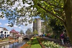 坎特伯雷Westgate塔和庭院 免版税库存图片