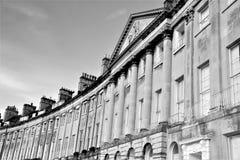坎登新月形英王乔治一世至三世时期建筑学,巴恩,英国,英国 图库摄影