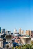 坎萨斯城地平线都市风景 免版税库存照片