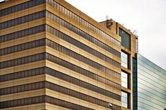 坎萨斯城现代办公楼 免版税库存图片