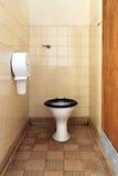 坏的公共厕所 库存照片