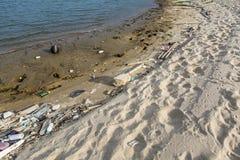 坏的海滩 免版税库存照片