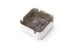坏的烟灰缸 免版税库存图片