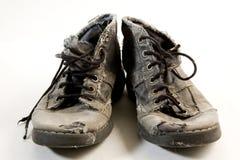 坏的鞋子 库存图片