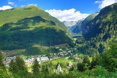 坏Gastein, Tauerntunnel,从Stubnerkogel到坏Gastein,缆索铁路,奥地利的方式 免版税库存图片
