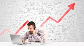 坐在与市场的桌上的商人用图解法表示 免版税库存图片