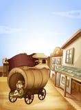 坐在木支架的一个小女孩 免版税库存图片