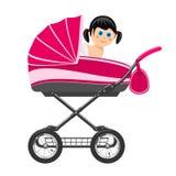 坐在婴儿推车的逗人喜爱的女婴。 免版税库存图片