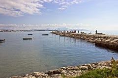 坐海湾的船坞 库存照片