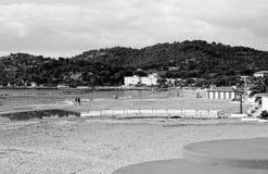 坐海湾的船坞 免版税库存图片