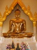 坐的菩萨在王宫在曼谷,泰国 免版税库存照片