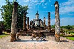 坐的Budha在Wat Mahathat, Sukhothai,泰国。 库存图片