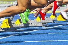 块赛跑者起始时间 免版税图库摄影