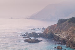 坚固性加利福尼亚大瑟尔海岸 免版税图库摄影