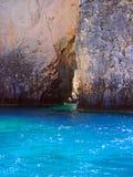 坚固性海岸线和洞,扎金索斯州希腊海岛,希腊 免版税库存图片
