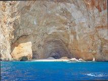 坚固性海岸线和洞,扎金索斯州希腊海岛,希腊 库存图片
