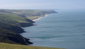 坚固性的海岸线 免版税库存图片