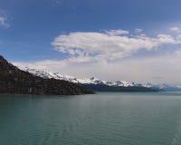 坚固性阿拉斯加海岸线 库存图片