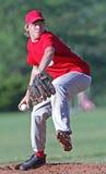 坚定的棒球投手 库存图片