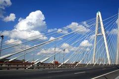 坚持的桥梁电缆 免版税库存图片