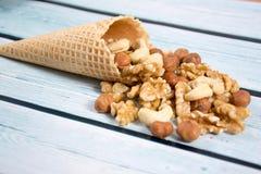 坚果冰淇凌 免版税库存图片