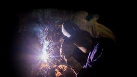 坚硬焊工的工作 免版税库存照片