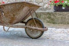 坚硬轮胎橡胶轮子 免版税图库摄影