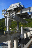 水坝机械/起重机 免版税库存图片