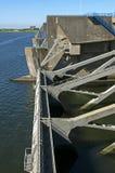 水坝Haringvlietdam,三角洲工作的水闸 库存图片